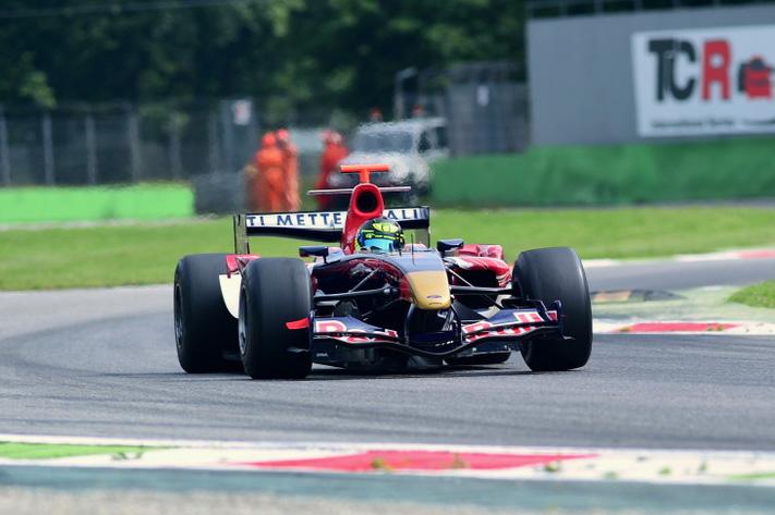 Toro Rosso STR1 - F1