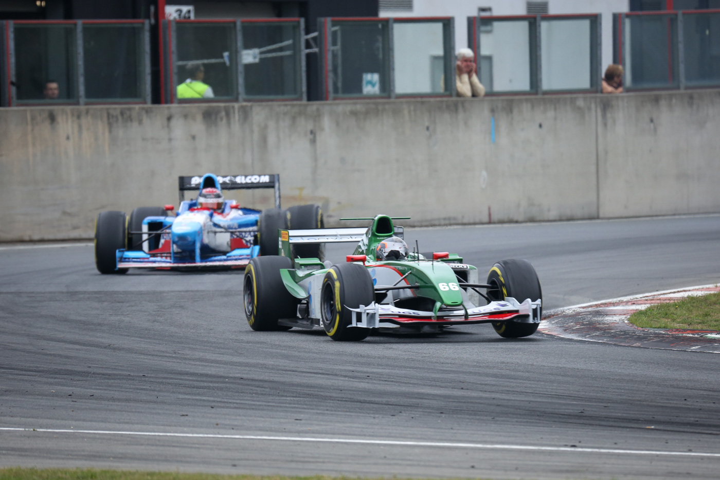 Klaas Zwart (r.) leading the grid for the first rounds at race 2 (Zolder 2017).