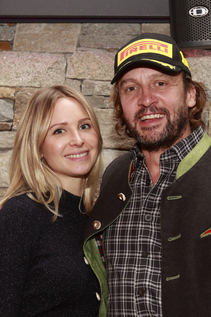Der Mann des Jahres in der FORMULA: Florian Schnitzenbaumer (r.) mit seiner Freundin bei der Abschlussveranstaltung auf der Lisa Alm
